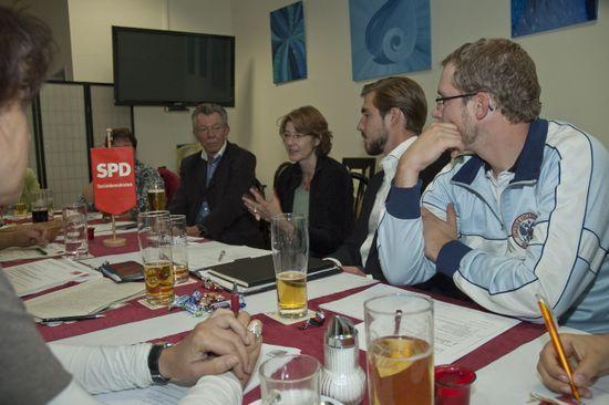 2012_Vorstand_mit_Ulrike_Bahr
